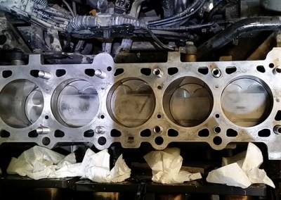 6kylinro BMW M3meta apo kapsimo flatzas sto montarisma dielise tis bides ston kormo-perastikan emfiteymata-3