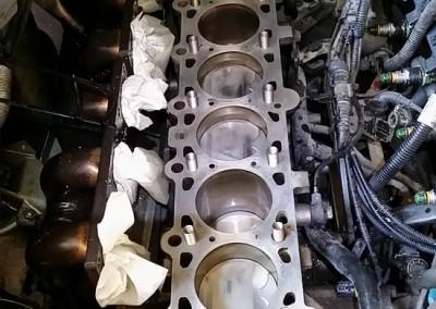 6kylinro BMW M3meta apo kapsimo flatzas sto montarisma dielise tis bides ston kormo-perastikan emfiteymata-4